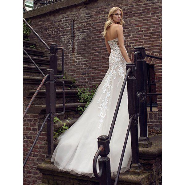 Modeca, Le Papillon, bruidsmode, bruidsjurk, trouwjurk, boetiek de bruid, Harderwijk, bruid, boetiek, bruidswinkel, Gelderland, say yes to the dress, collectie, collectie 2022, trouwjurk 2022 collectie, bruidsmode 2022, plussize, plus size dress, plus size weddingdress, weddingdress, bruidsmode Harderwijk, budgetjurk, gekleurde trouwjurk, bride, new bride, second bride, verloofd, japon, trouwjapon, jumpsuit